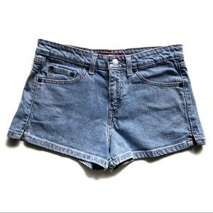 Levi's Women Jean Shorts Size 7JR